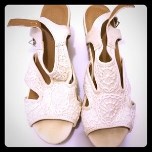 Flaunt Style Ivory Lace Wedge Sandals